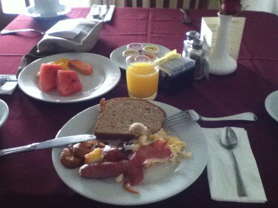Hotel Seminole: Great breakfast