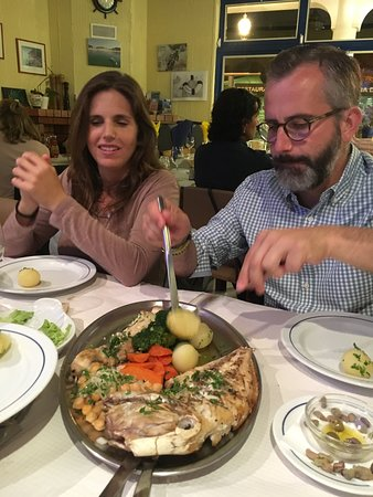 Restaurante O Lourenço: Pescado fresco en Salema