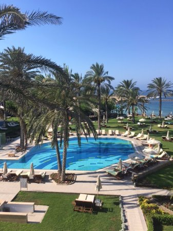 Constantinou Bros Asimina Suites Hotel: Вид из номера с балкона