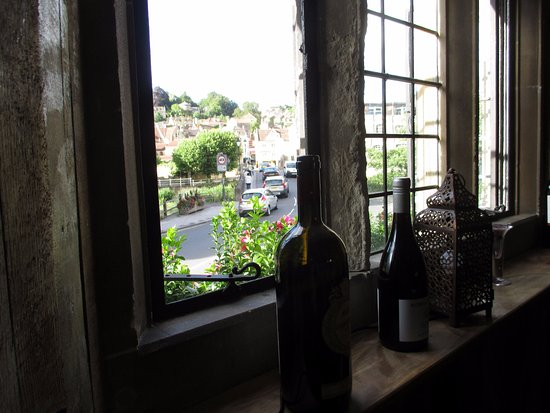 Bradford-on-Avon, UK: View from upstairs table