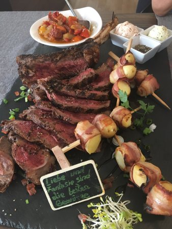 Grevenmacher, Luxembourg: The beef rib for two persons: 70€