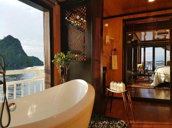 Tuan Chau Island, Βιετνάμ: Sun bathroom