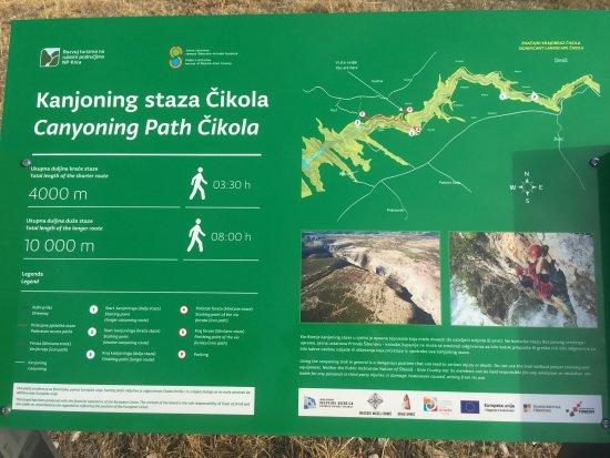Drnis, Kroatien: sign at start point - MGRS 33TWJ 86206 54968 v. near Bašići