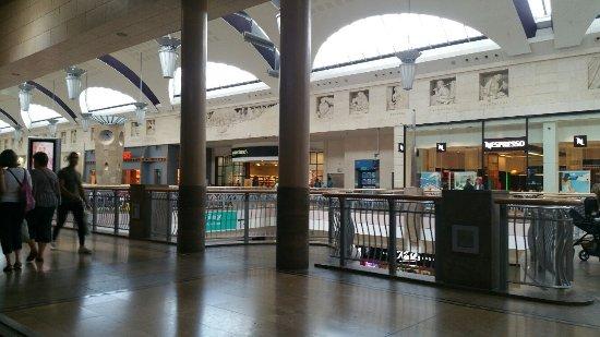 Greenhithe, UK: winkel galaerij