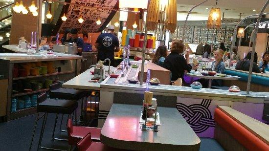 Greenhithe, UK: sushi bar