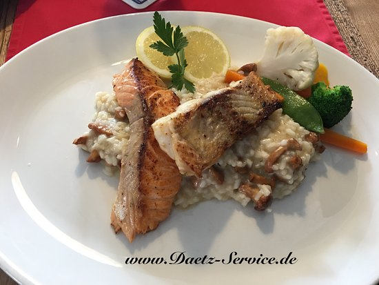 Deggendorf, Germany: Risotto with Salmon and local fish filet!