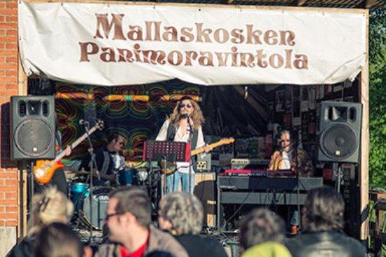 Seinajoki, Finland: Live-illat - Mallaskosken Panimoravintola - Seinäjoki