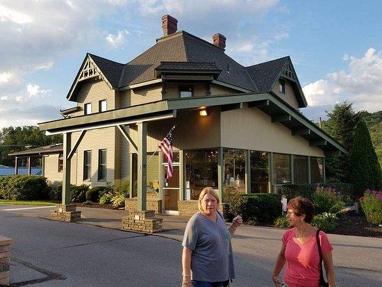 Sherwood Motel: FB_IMG_1500629221759_large.jpg