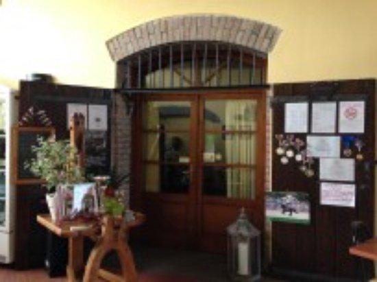 Colorno, Italy: ingresso sala camino