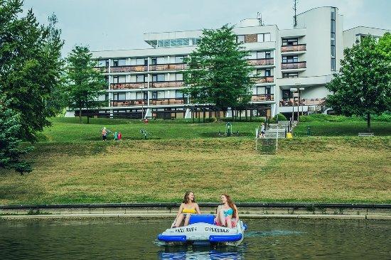Лугачовице, Чехия: Naleznete zde mnoho aktivního vyžití