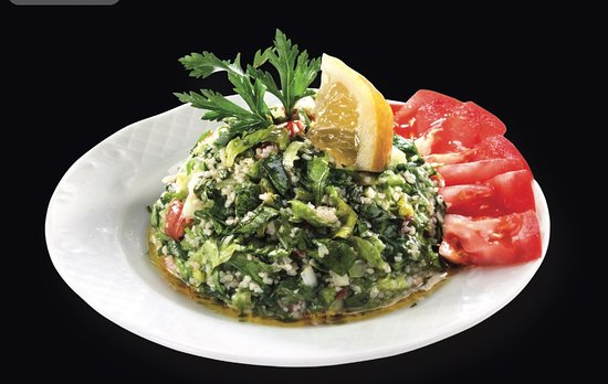 Nea Smirni, Greece: tabbouleh..pure fresh aromatic salad with flat leaf parsley,lettuce,tomatoes and bulgur.