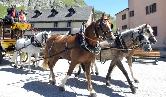 Airolo, Switzerland: Sonner le clairon