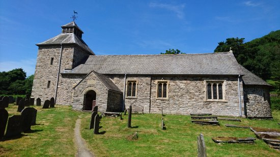 Llangynog, UK: Outside The Church