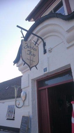 Jerslev, Dänemark: Entre tll kroen