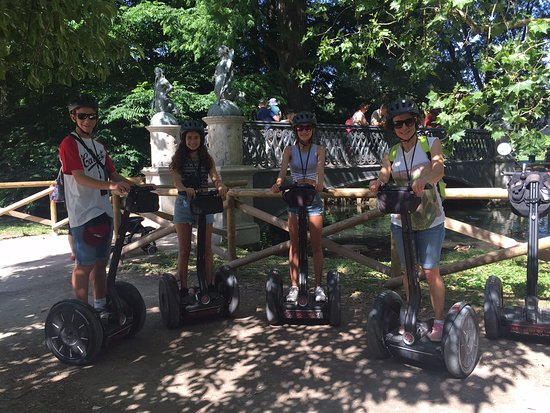 Italy Segway Tours: En el Parque Sempione, practicando con el segway!