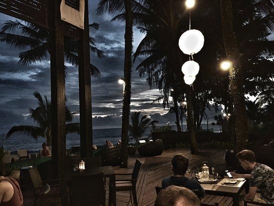 Ramada Khao Lak Resort: Abendstimmung im Sassi´s