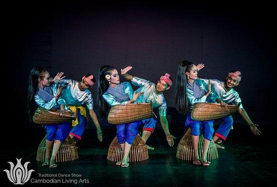 Cambodian Living Arts - 프놈펜 - Cambodian Living Arts의 리뷰 ...