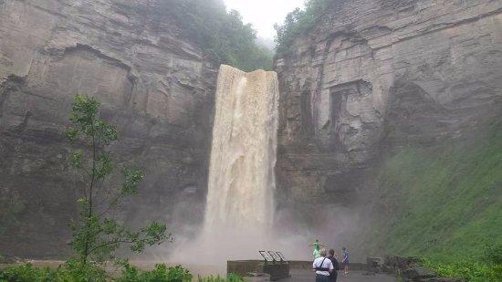 Trumansburg, NY: Taughannock Falls