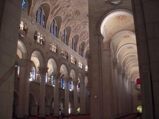 Sainte Anne de Beaupre, Canadá: Sanctuaire Sainte-Anne-de-Beaupré