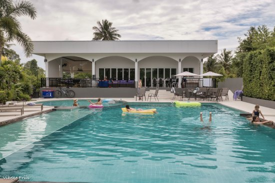 Na Chom Thian, Thailand: the pool with the shared area