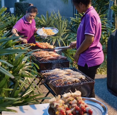 Na Chom Thian, Thailand: One of the great seafood BBQ we had.