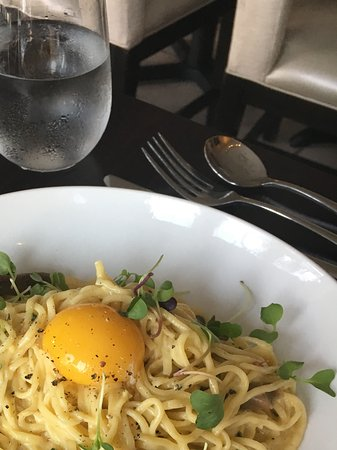 Ventnor City, NJ: Carbonara with duck confit