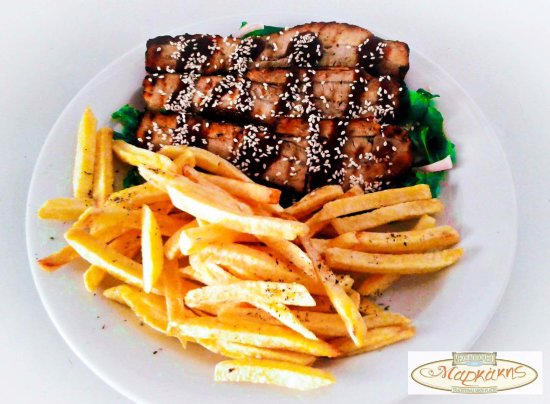 Piso Livadi, Hellas: Caramelized pork belly with french fries!!