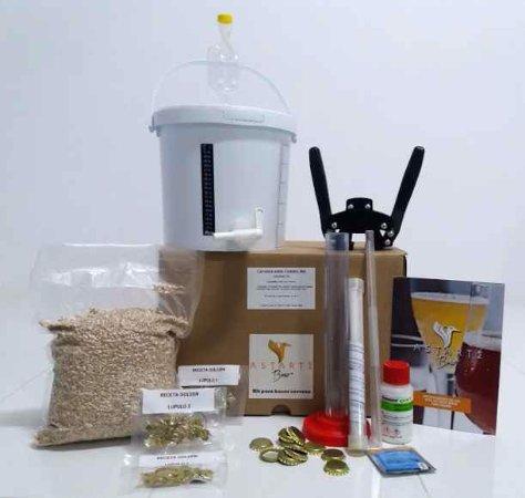 Camas, Hiszpania: kit para hacer cerveza