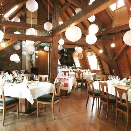 Eine Intime Hochzeit Mit 20 Personen Und Einer Wunderschonen Lampion