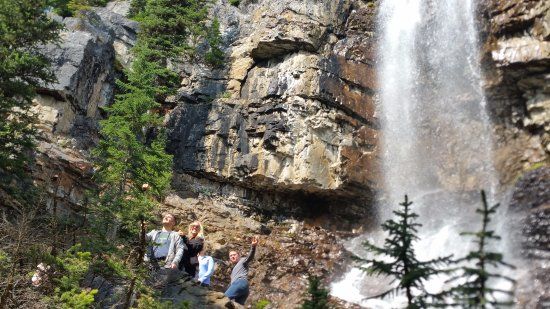 "Panorama, Canadá: A ""secret"" waterfall tour!"