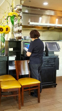 Lake Worth, FL: Cashier station