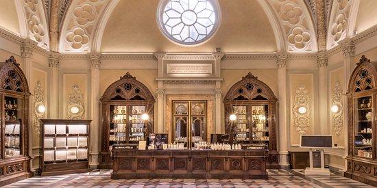 Officina Profumo-Farmaceutica di Santa Maria Novella