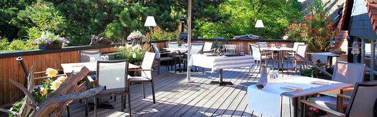 Selzen, Niemcy: Sommerliche Dachterrasse