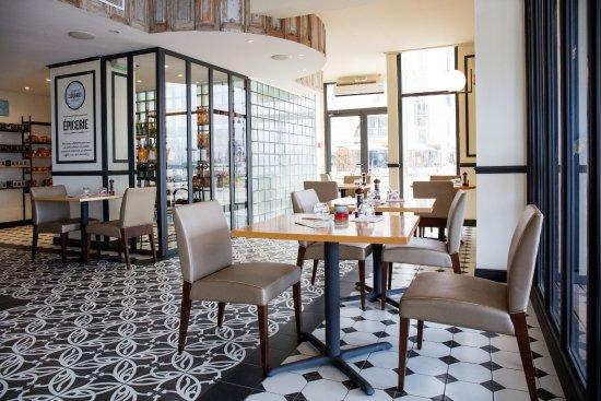 Hotel Port Marine Prices Reviews Sete France - Hotel port marine sete