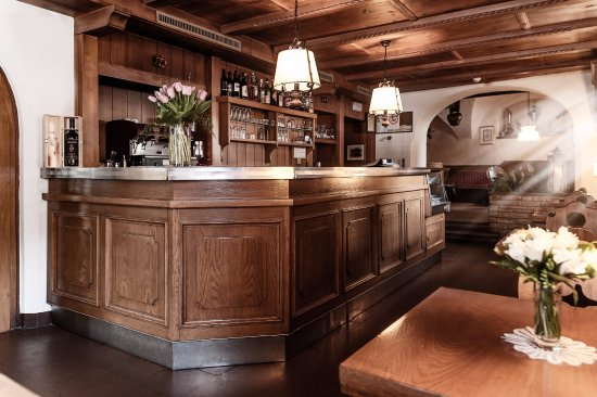 Gais, Włochy: unsere urige getäfelte Bar/ il nostro accogliente Bar