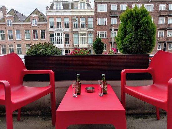 Hotel Abba: Front balcony