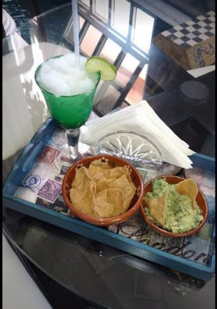 Rivera del Rio Boutique Hotel: Welcome margarita and guacamole