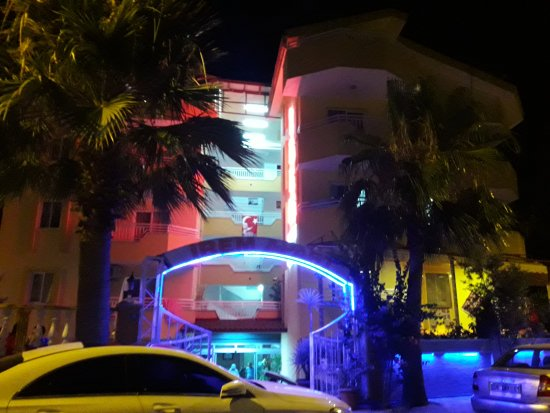 Irem Apartments: 20170716_214806_large.jpg