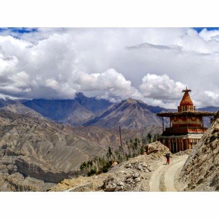 Kathmandu Valley, Nepal: Chosar Valley