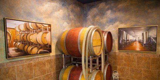 มาร์เบิลฟอลส์, เท็กซัส: Enoteca Barrel Room