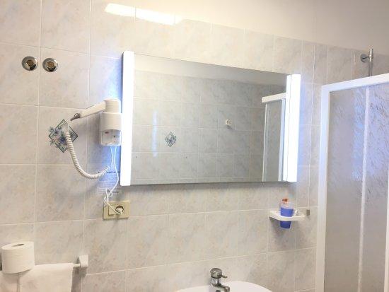 Hotel Bahamas Photo