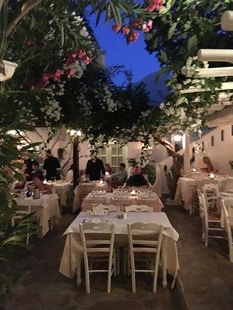 Avra Restaurant - Garden: photo1.jpg