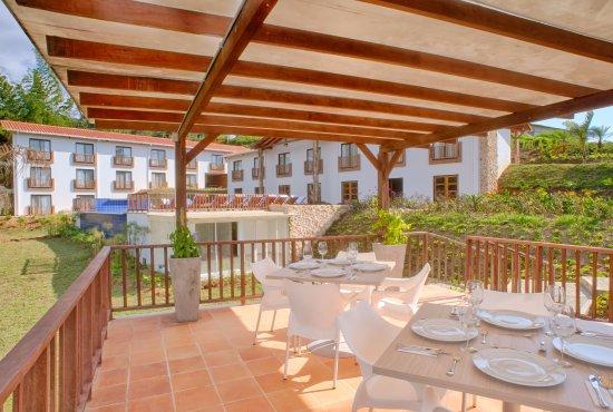 Hotel ms la huerta plus desde los chorros for Chorros para piscinas precios