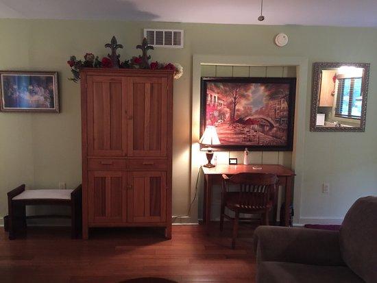 Latrobe, PA: Willow House Cottage Suite