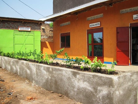This is the Bizoha Hostel located along Mbarara Kasese Highway in Muhokya town center in Kasese