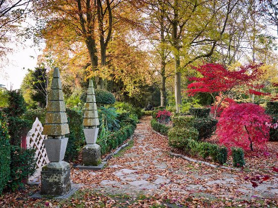 The Royal Gardens At Highgrove Autumn