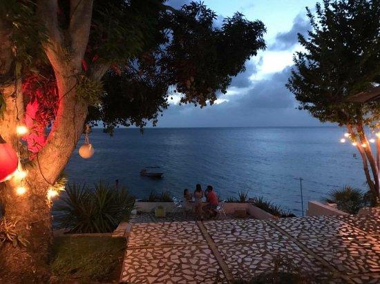 Cabanas Agua Dulce: El atardecer desde el bar del hotel (cruzando la calle - desde el hotel hay solo limitada vista