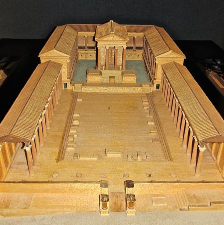 Condeixa-a-Nova, Portugal: In the museum, a model of the forum, which lies outside the walls