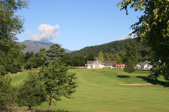 Callander, UK: Looking at the Clubhouse from the 18th Fairway