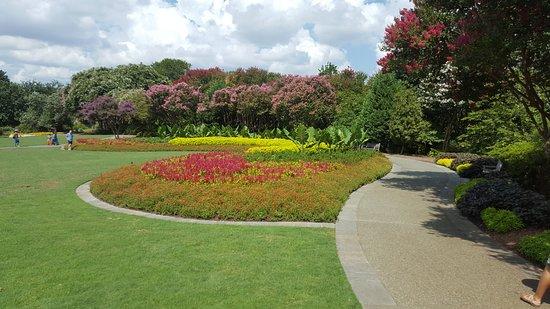 Dallas Arboretum U0026 Botanical Gardens: Jonsson Color Garden